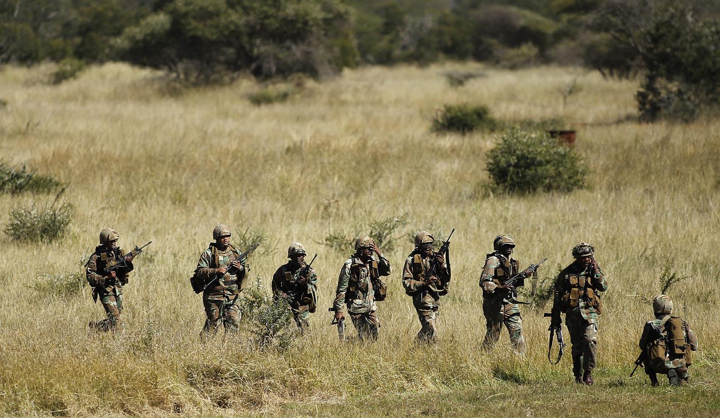 The State Supplies Arms to Criminals: Robbers Raid 9 SAI Battalion Base, Steal R4 Rifles.